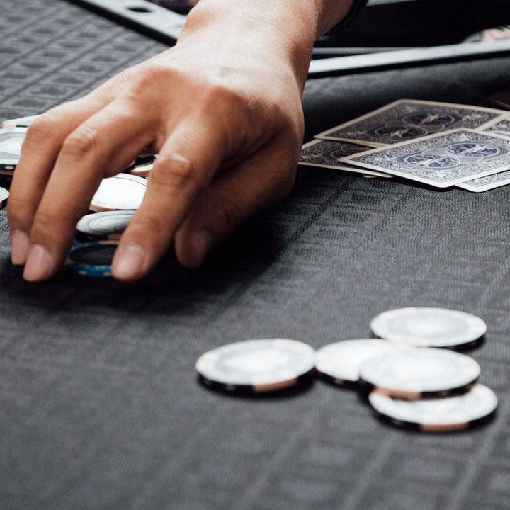 ギャンブルは後々困らされそう